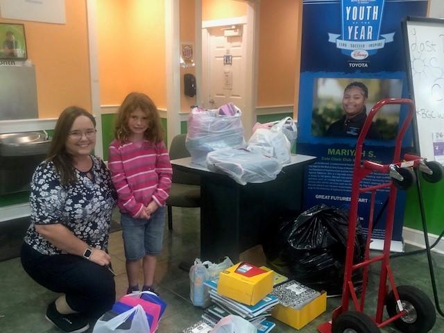 JTHS-MIAMI YPN Donates School Supplies to 250 Palm Beach/Martin Families